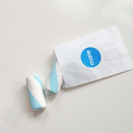 wit snoepzakje met  label